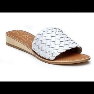"""MATISSE """"Pipeline"""" white leather sandals"""